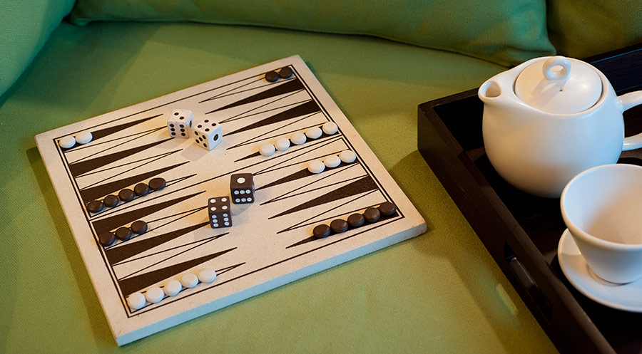 Villa-Joss-Backgammon